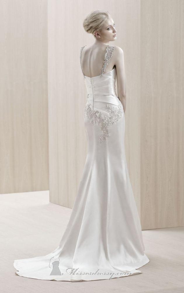 Blue by enzoani sell my wedding dress online sell my for Blue irish wedding dress