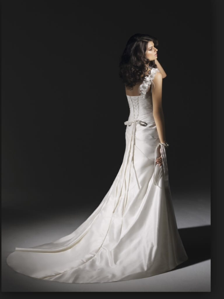 Angelina Faccenda Sell My Wedding Dress Online Sell My