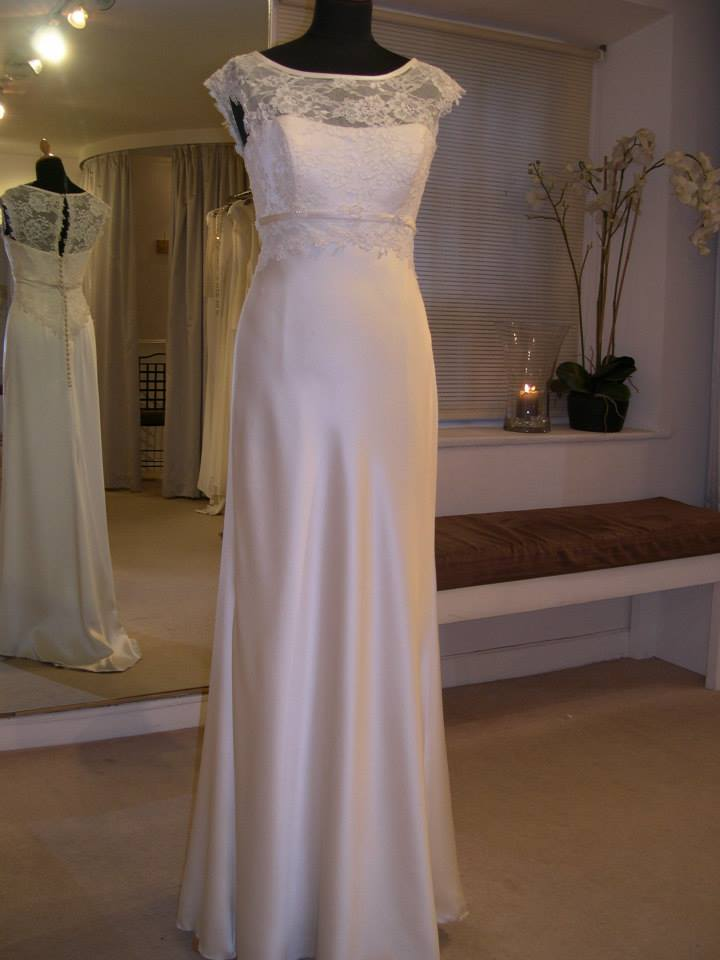 Sharon hoey sell my wedding dress online sell my for Sell wedding dress online
