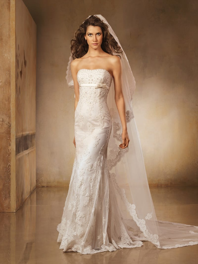Pronovias lorna sell my wedding dress online sell my for Sell wedding dress for free