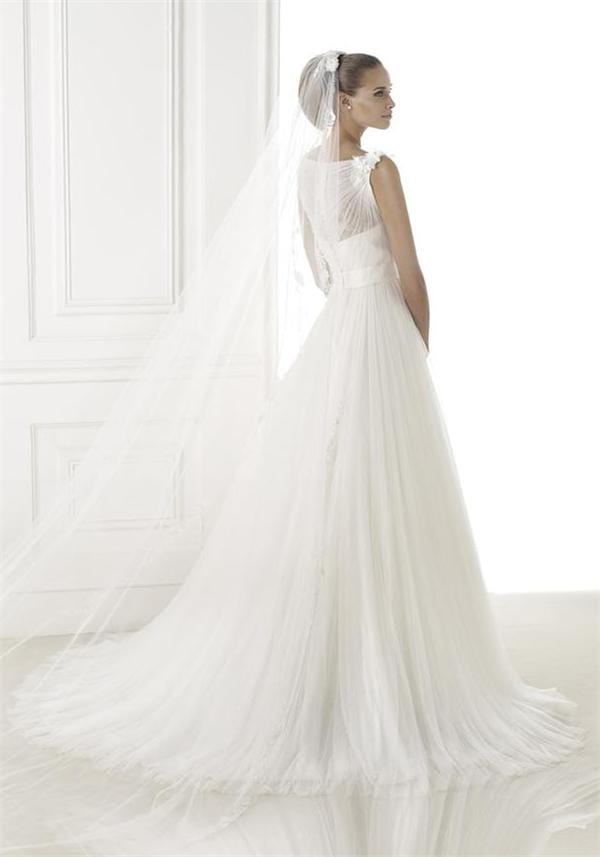 Buy pronovias dresses online