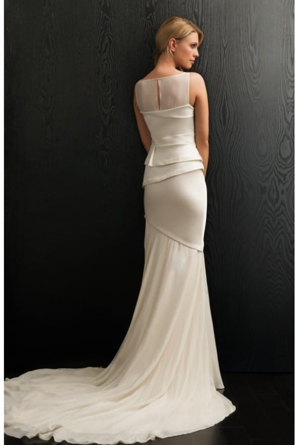 Amanda wakeley allure 5 sell my wedding dress online for Sell wedding dress online