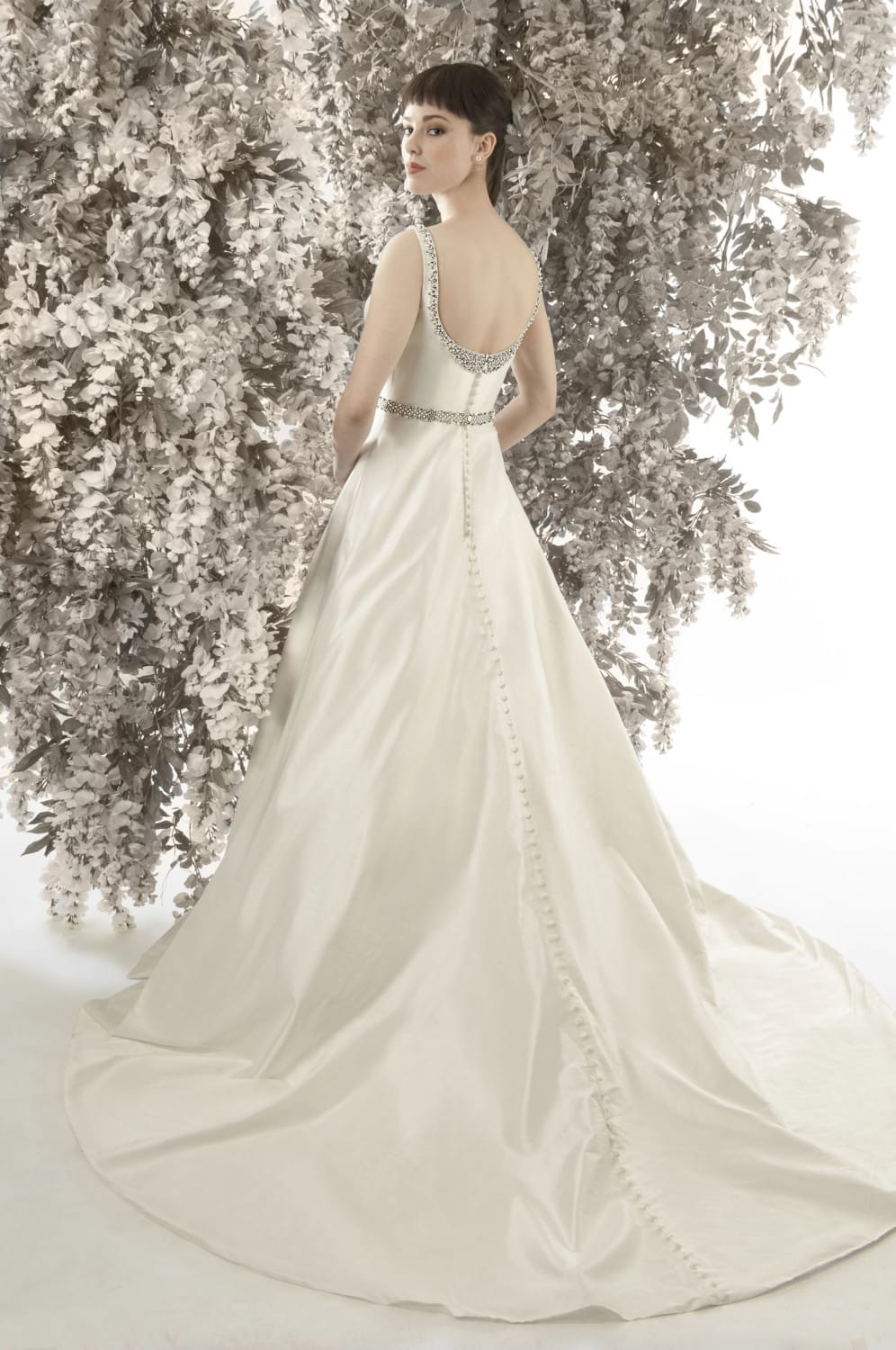 Worn Wedding Dresses 24