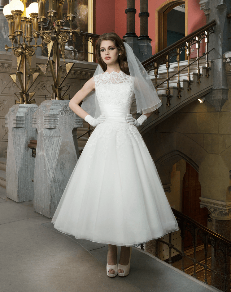 Justin alexander 8706 tea length dress sell my wedding for Sell wedding dress online