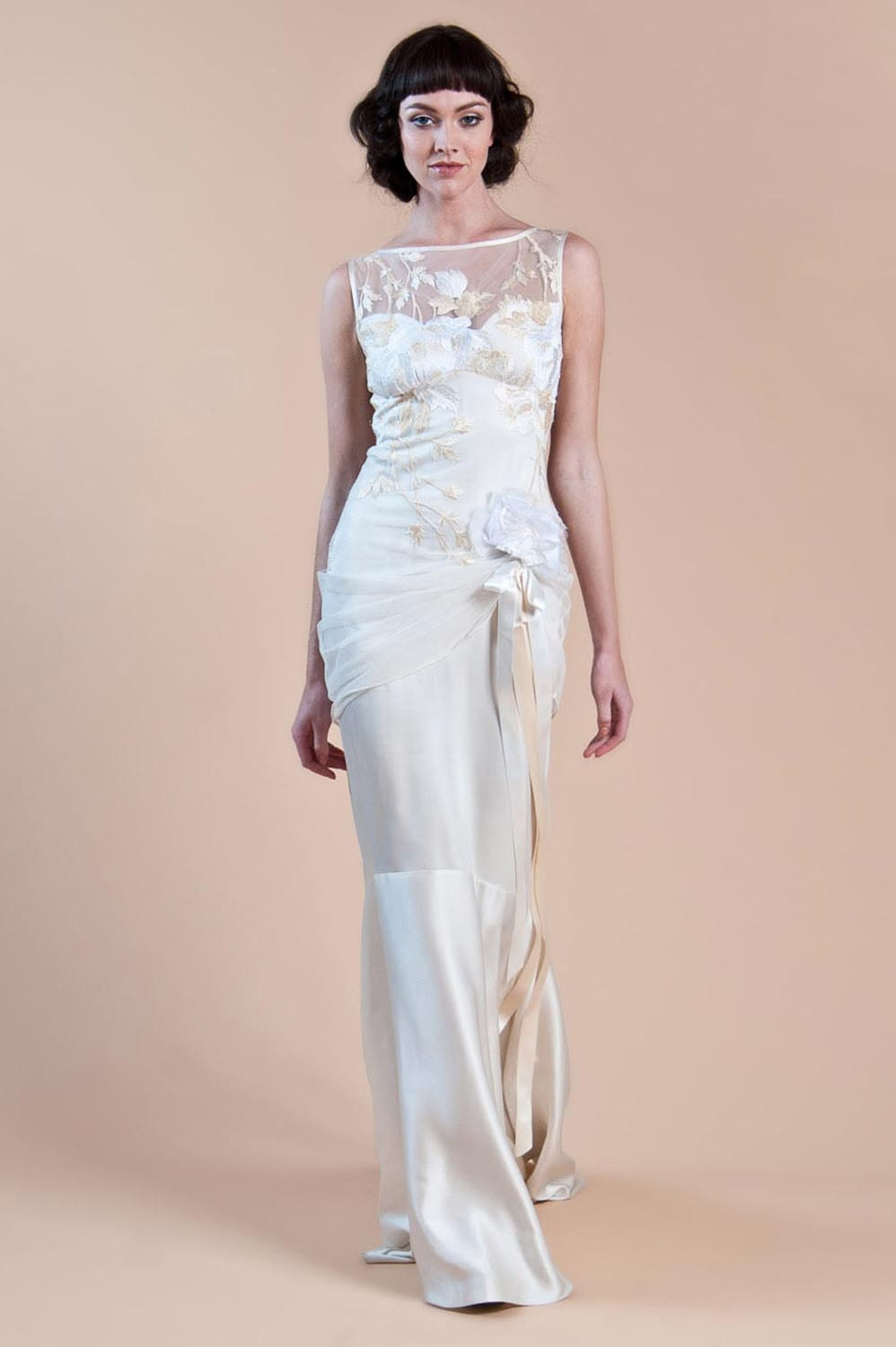 Claire pettibone willow dress sell my wedding dress for Buy designer wedding dresses online