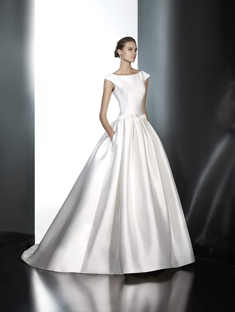 Pronovias pravina sell my wedding dress online sell my for Buy designer wedding dresses online