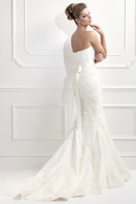 Ellis 11330 wedding dress