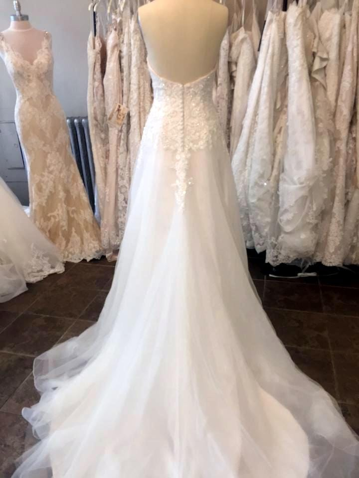 Brand new never worn maggie sottero beth wedding dress for How to sell wedding dress never worn