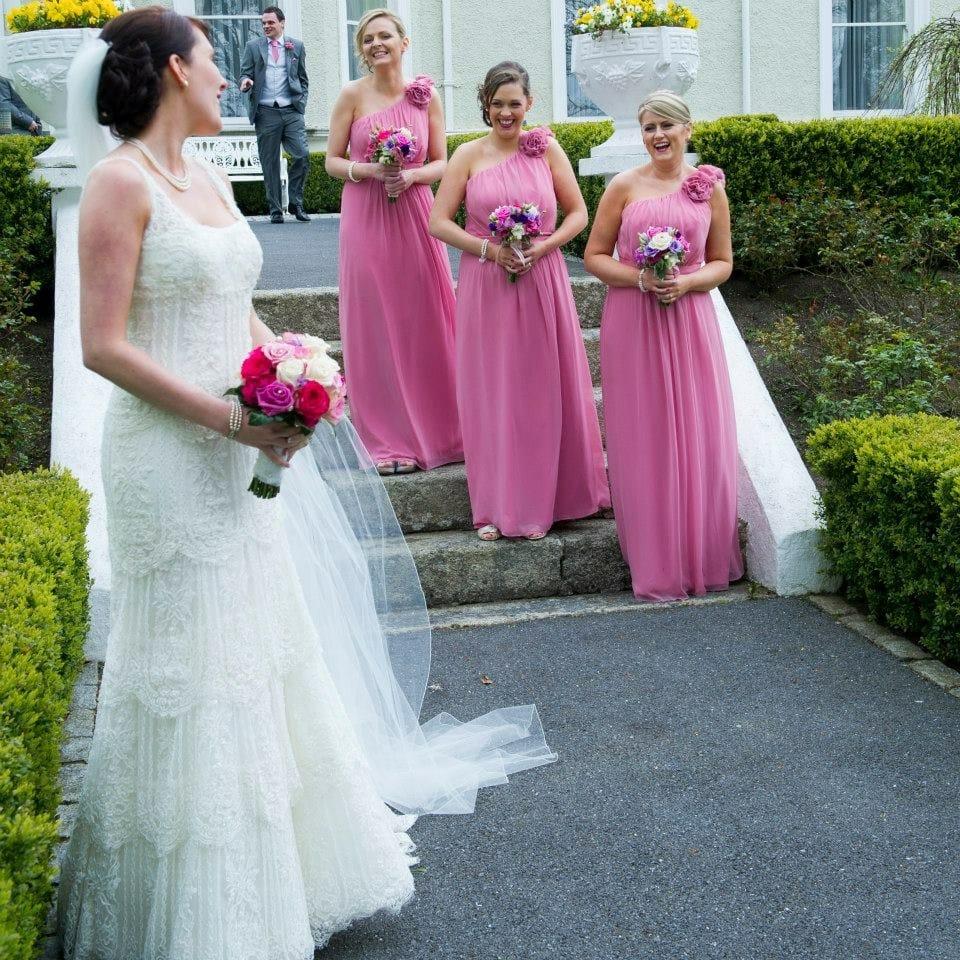 Contemporáneo Sell Wedding Dresses Friso - Colección de Vestidos de ...