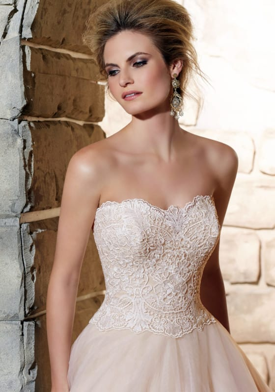 Mori lee by madeline gardner sell my wedding dress for Wedding dress for 5ft bride
