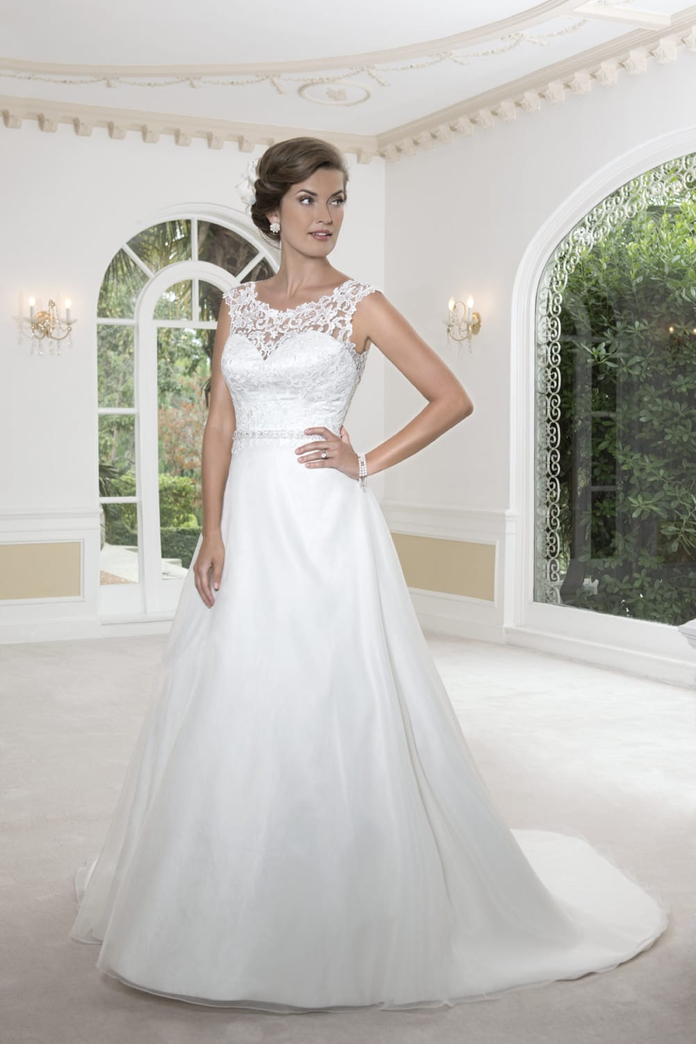 Venus Tara wedding dress