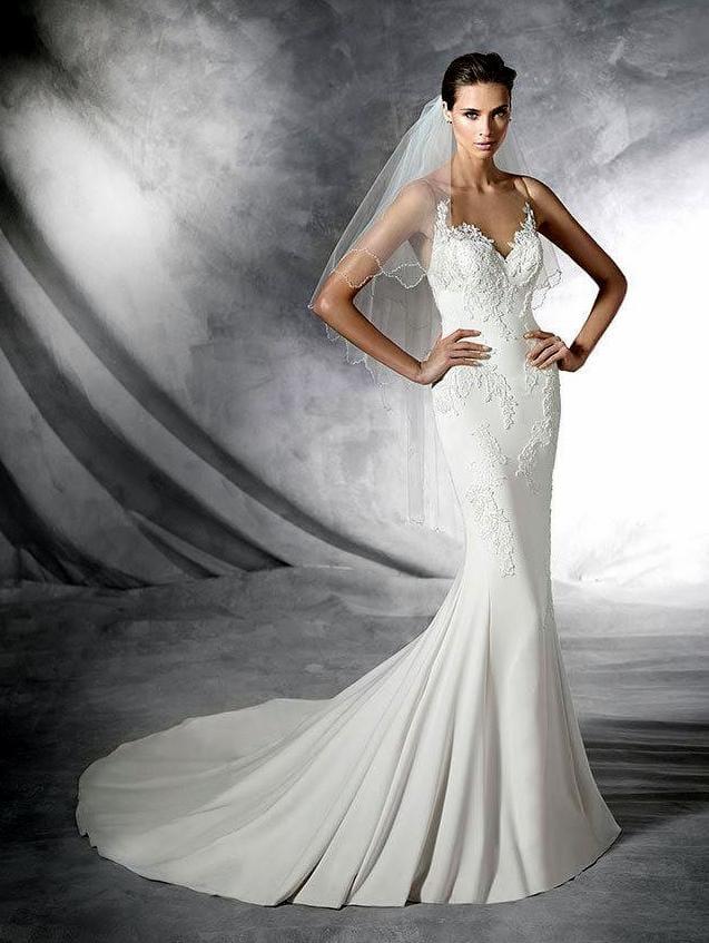Pronovias Plisa beautiful wedding dress