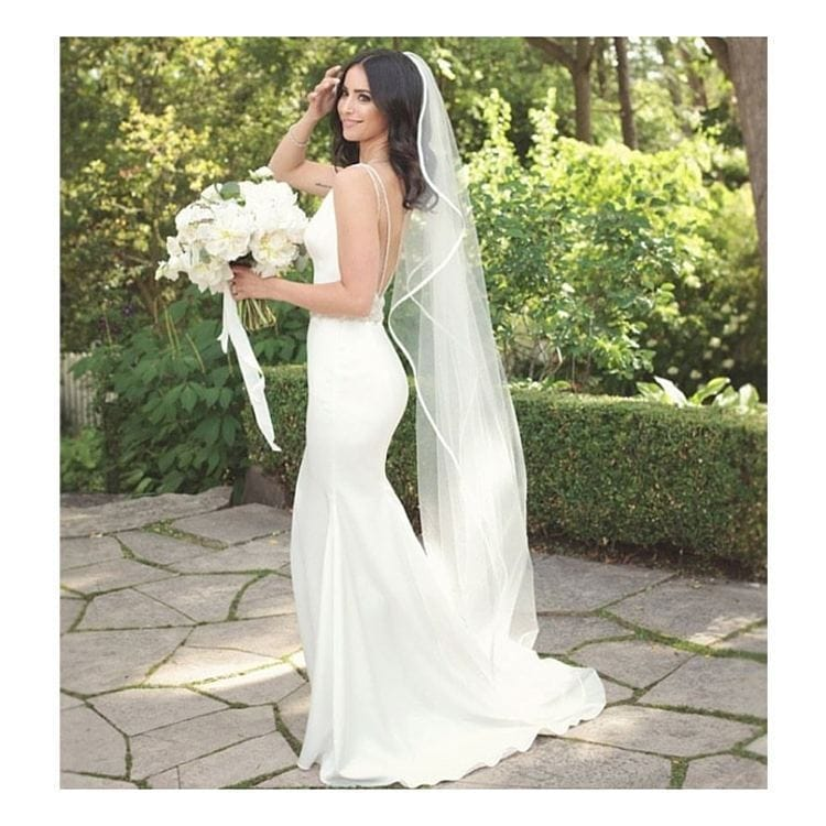 Paloma Blanca fit and flare size 8  – veil included