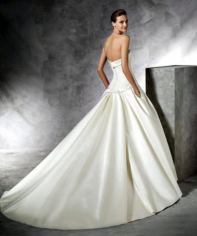 Web pic back sell my wedding dress online sell my for Sell my wedding dress online