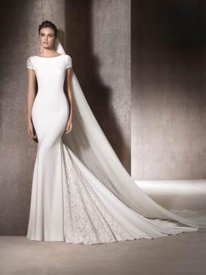 San Patrick Mailena wedding gown