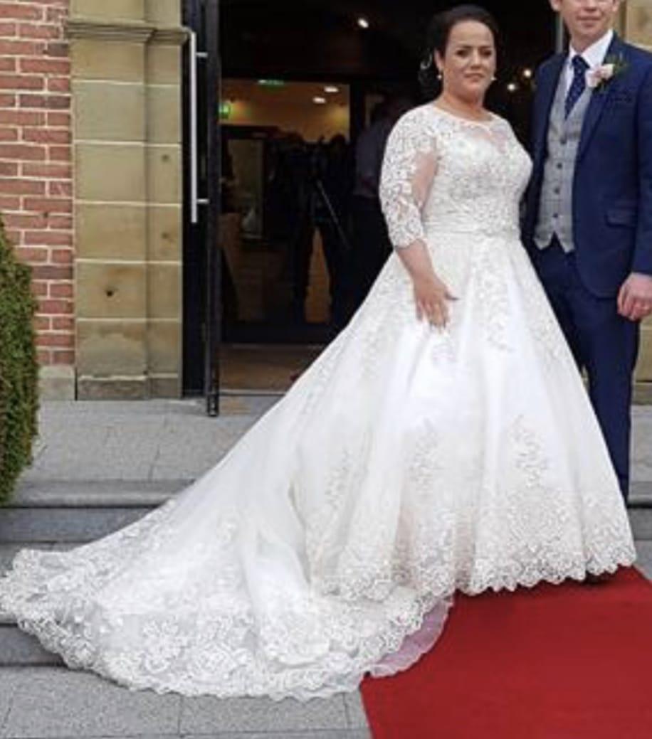 Like New Ronald Joyce Eiliyah Dress