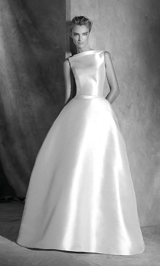 Pronovias Iselda Wedding Dress
