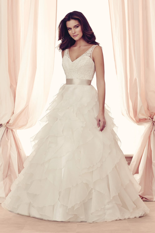 Paloma Blanca 4514 Wedding Gown