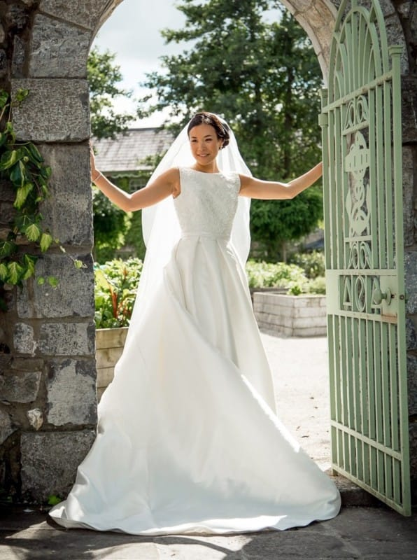 aire-barcelona-arcilla-a - Sell My Wedding Dress Online