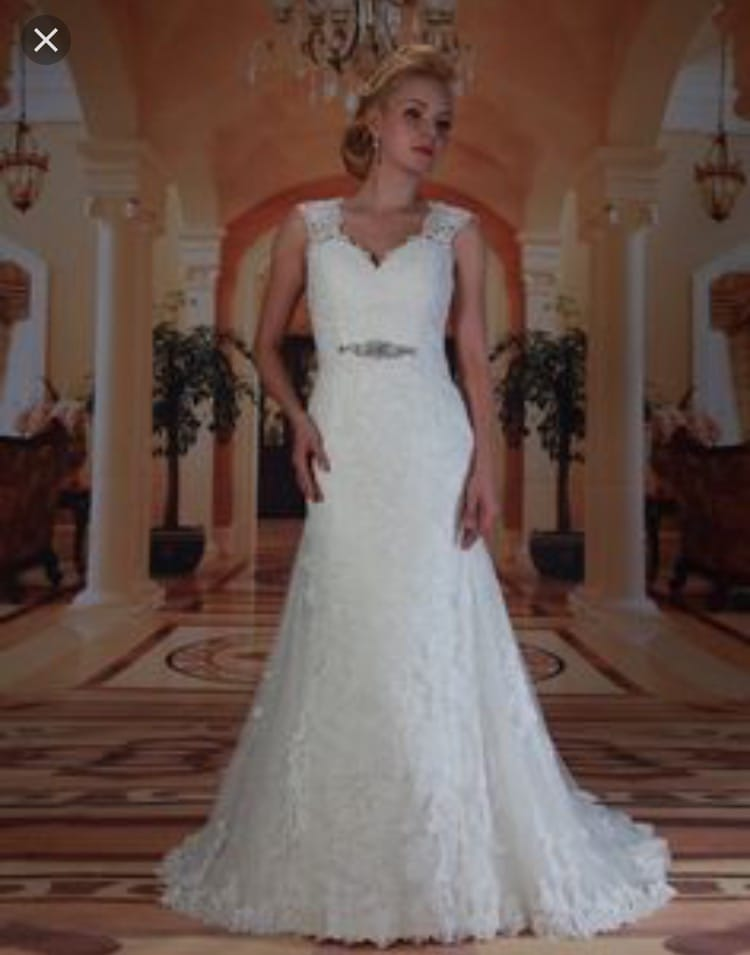 Venus Rebecca wedding dress