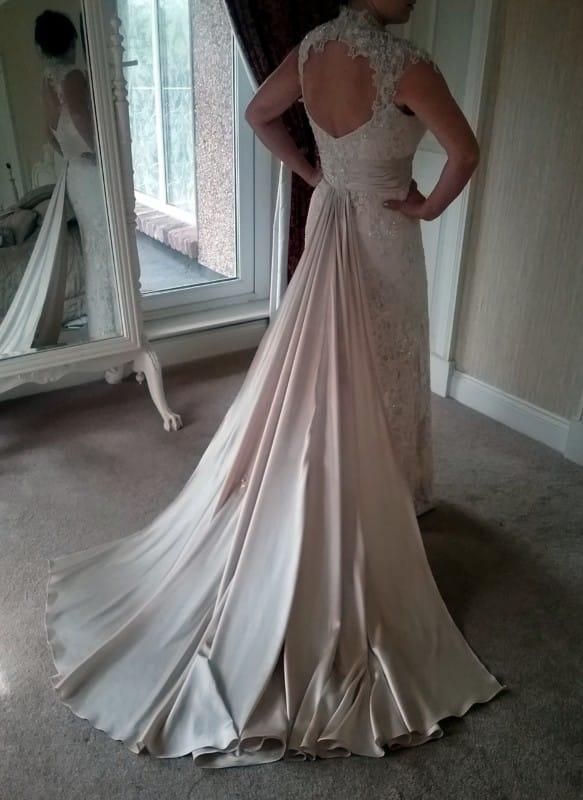 Elegant Vintage Style beaded lace dress