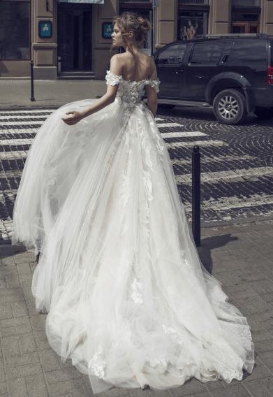 Noya by Riki Dalal Juliet Gown