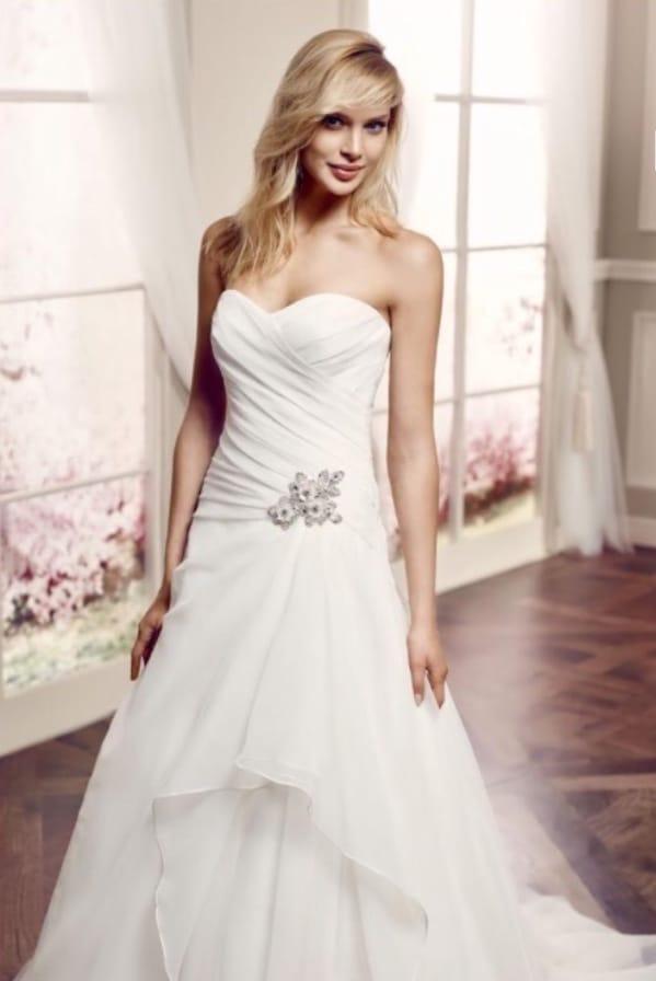 Modeca Alexandra – Beautiful light A line wedding dress