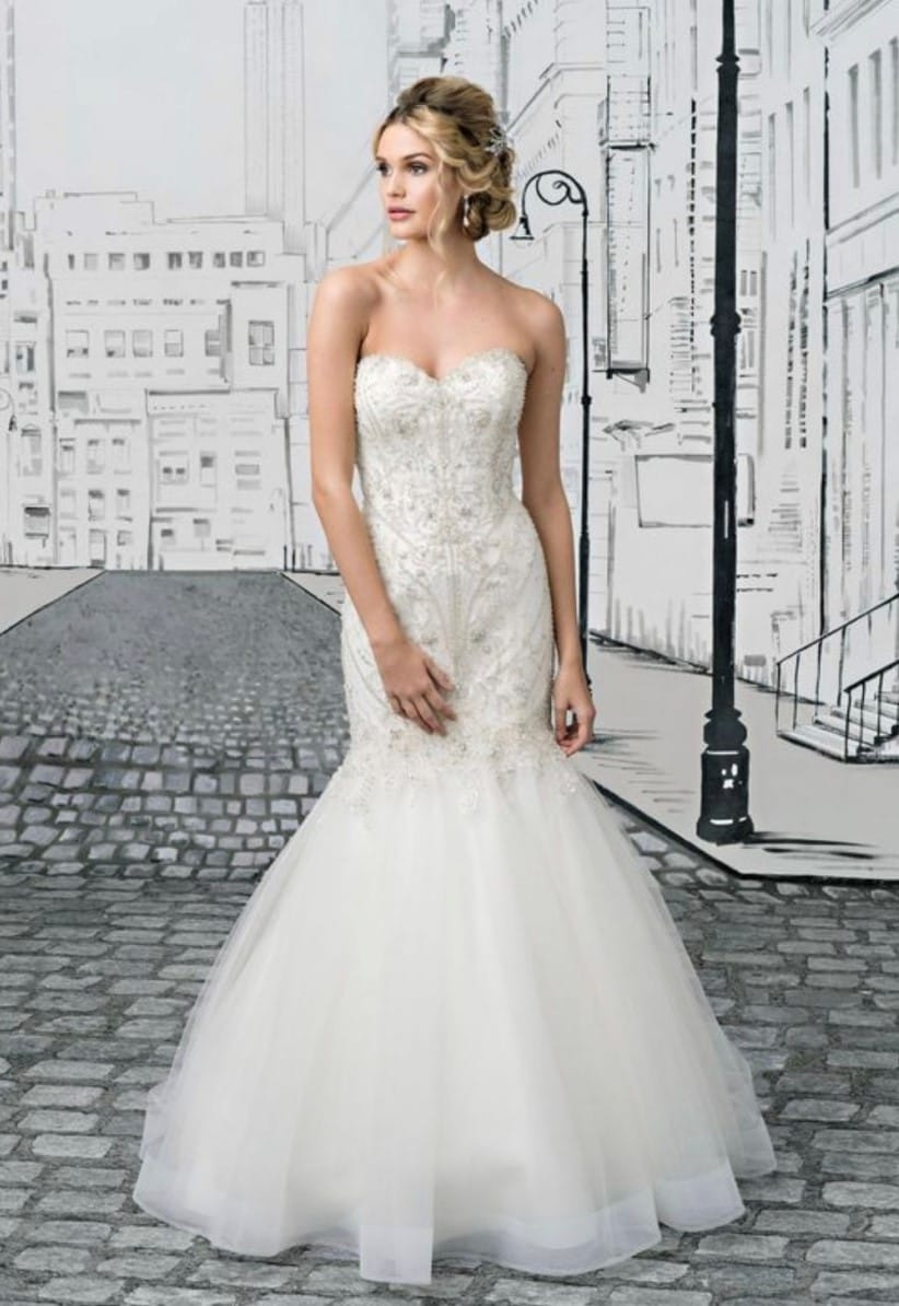 Justin Alexander 8896 – Geometric Crystal Beaded Bodice & Tulle Mermaid Skirt