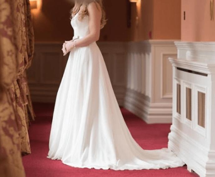 'Liliana' Stephanie Allin – Designer Wedding Dress