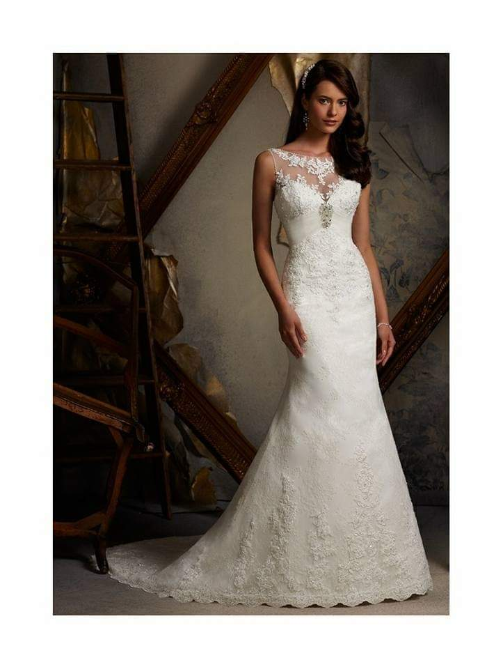 Morilee stunning wedding dress