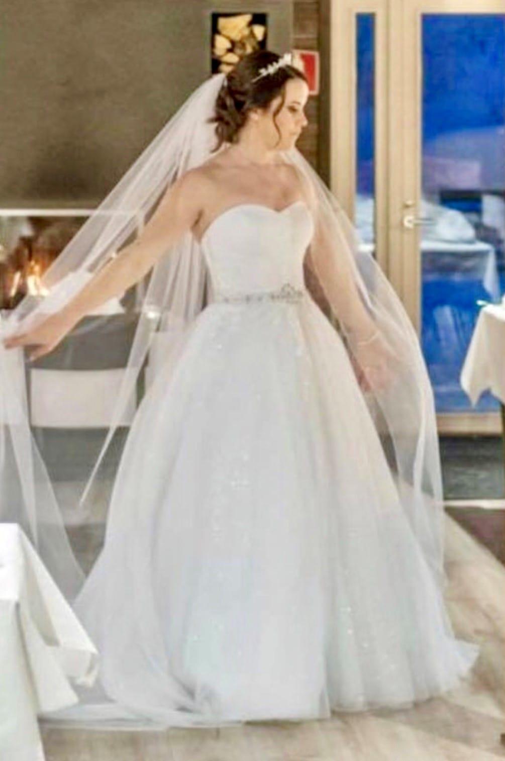 Award Winning UK Designer Donna Lee 'Elsa' 2019 Wedding Dress