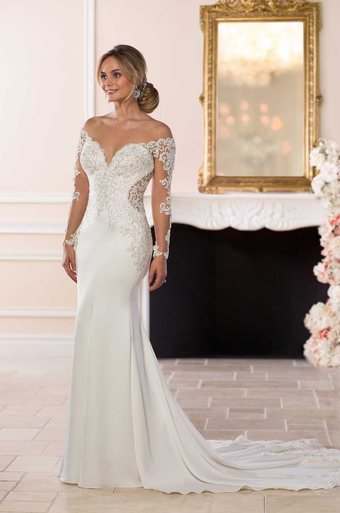 Beautiful figure hugging Stella York 6607 from the Spring 2018 Collection
