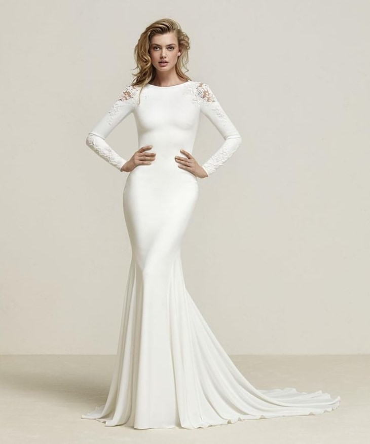 Stunning Pronovias Dreide Gown