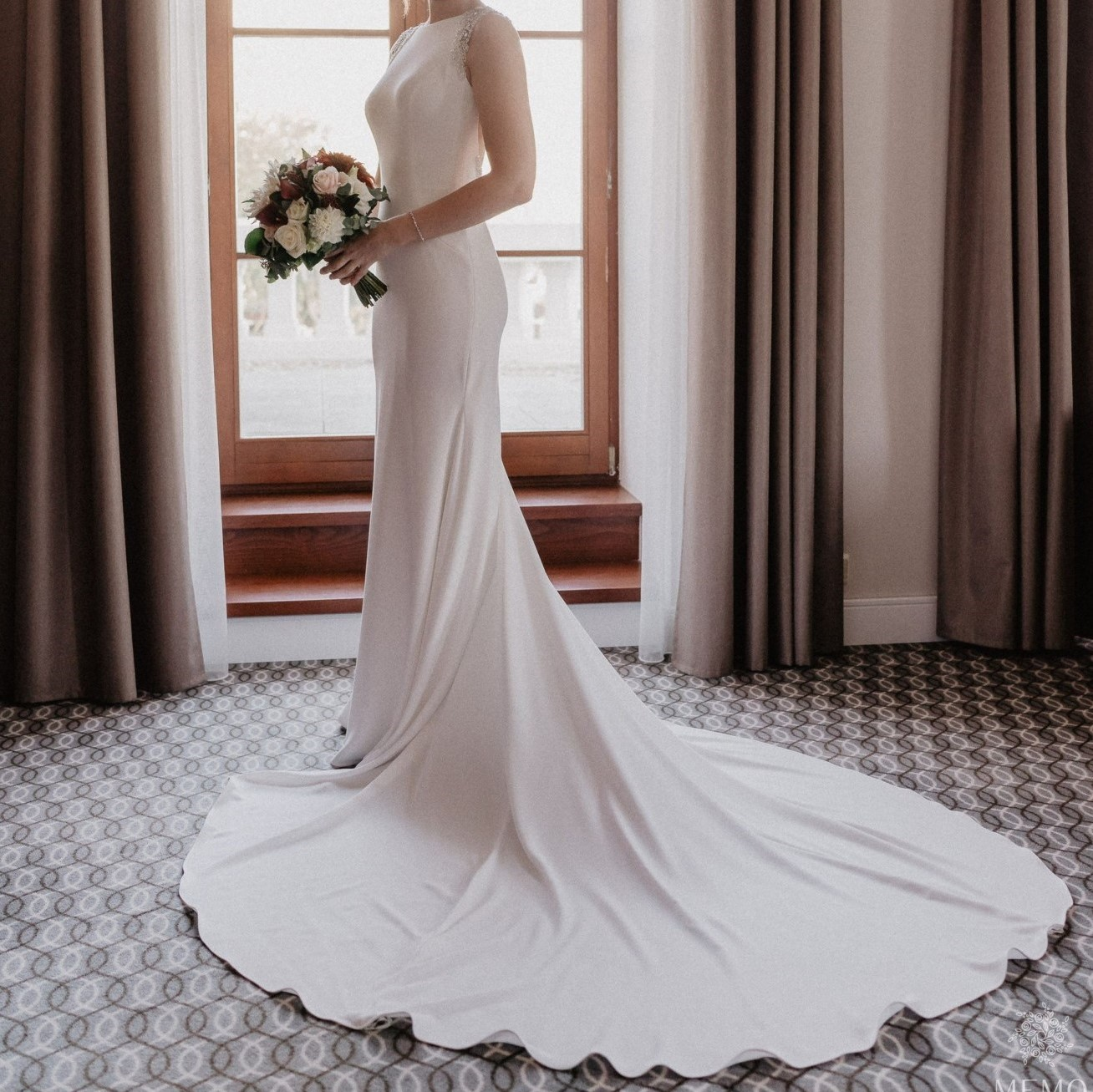 Pronovias Dravidia Wedding Dress