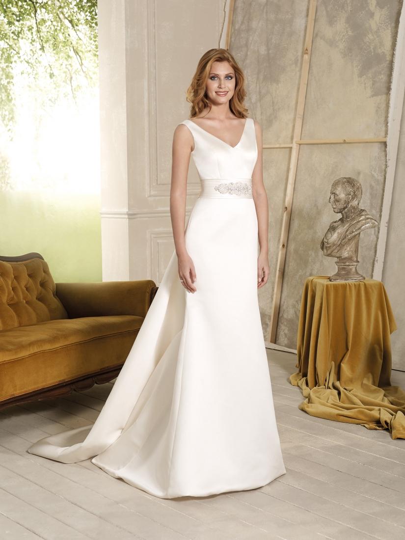 Novia D'Art Vega Wedding Dress