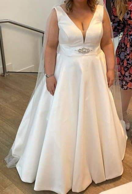 Madison James MJ501 Wedding Dress For Sale