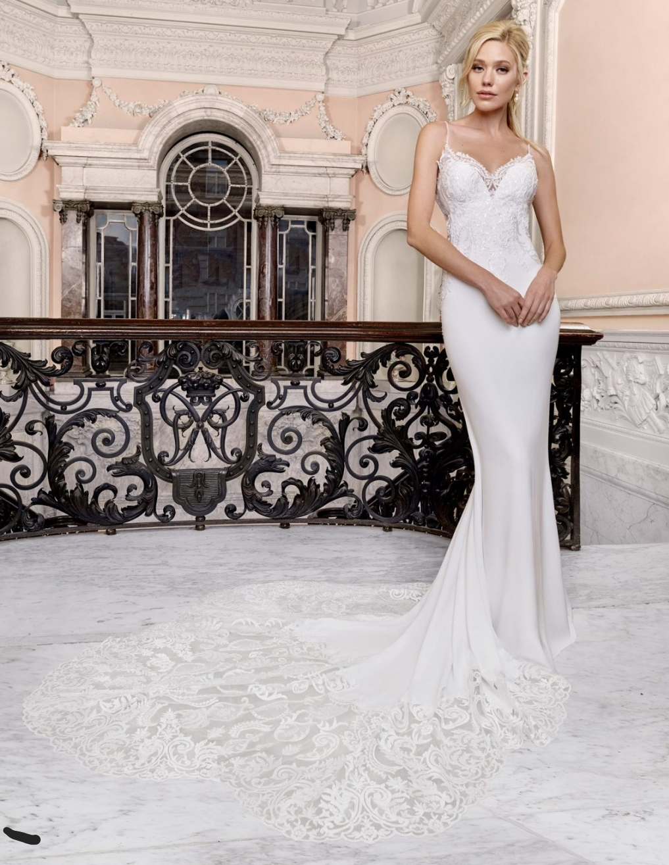 Ellis Bridals 18132 – Beautiful designer dress