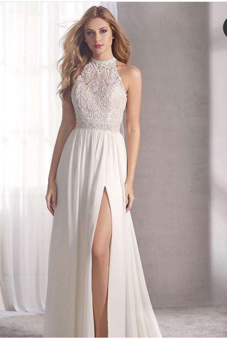 Fara Sposa Collette Style 5550