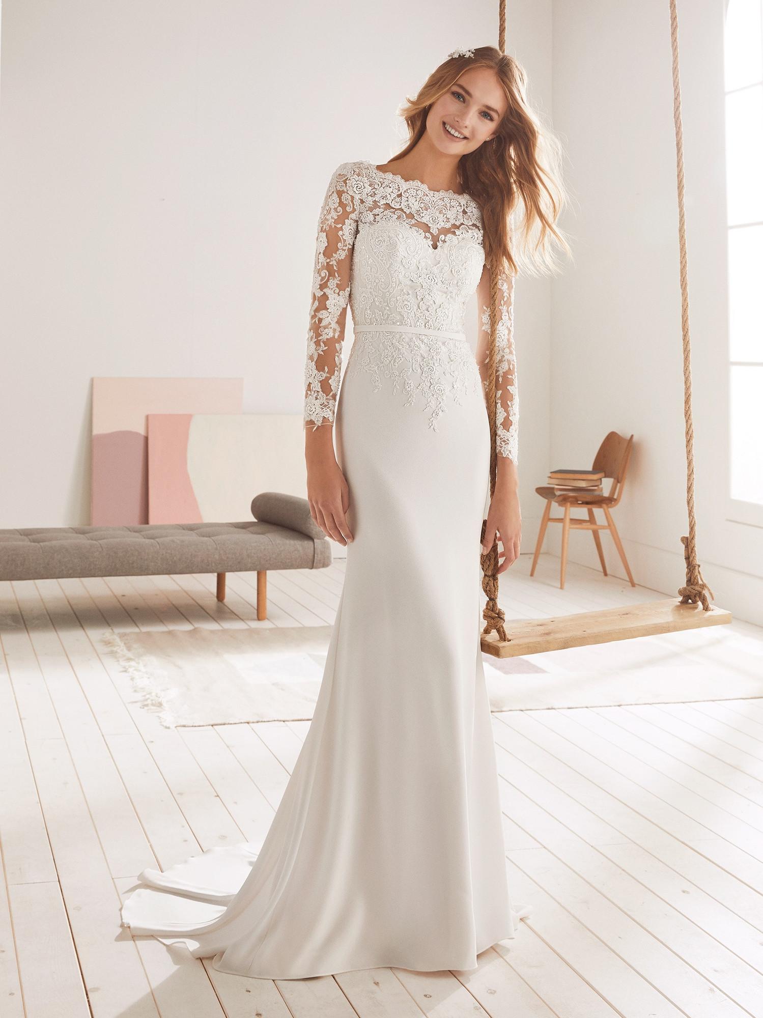 Joaquin Del Olmo White One Wedding Dress